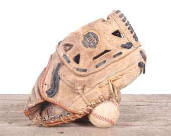 Old Leather Baseball Glove / Vintage Baseball Glove / Wilson George Brett Baseball Glove / Antique Baseball Glove / Old Glove Antique Mitt