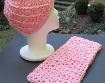 Lacy Scarf & Spiral Hat Set - Pale Pink - Beanie, Cloche