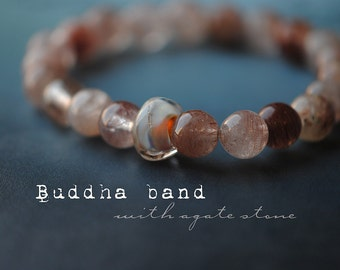 Buddha band [1] Agate rounds in pale oxblood with Murano glass bead