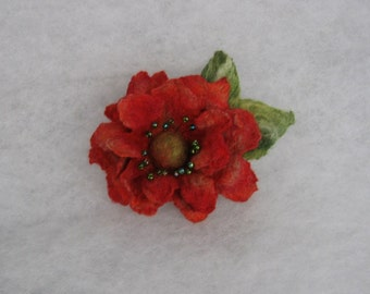 Flowers Brooch -  Felted Flower- Hand felted brooch - Wool brooch- Red flower brooch