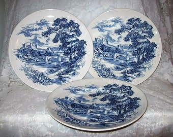 "Vintage Wedgwood Countryside Blue & White China 9 7/8"" Dinner Plates Set of 3 Only 15 USD"