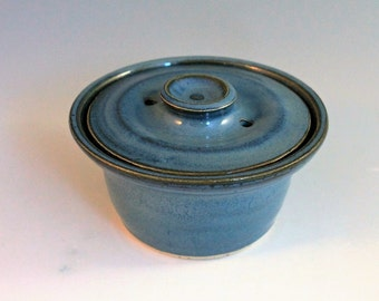 Egg Cooker - blue - Microwave cooker - gift for mom or dad