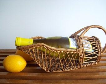 Vintage Rattan Wine Caddy, Wine Bottle Holder, Vintage Wine Serving, Picnic, Wicker, Wine Basket