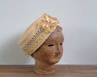 20% CNY SALE - Vintage 50's 'Ladies Who Lunch' Straw Woven Pillbox Floral Hat