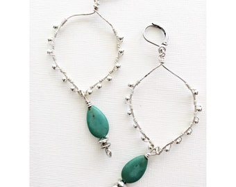 Boho chic dangle hoop earrings/ Hammered Silver Hoops with turquoise stone/ Wire wrapped Silver Hoop earrings