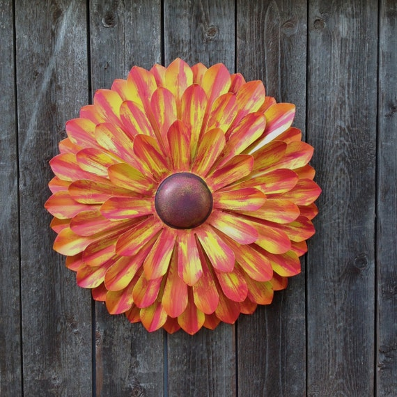 orange metal flower wall art metal yard by chicfabulousflowers. Black Bedroom Furniture Sets. Home Design Ideas