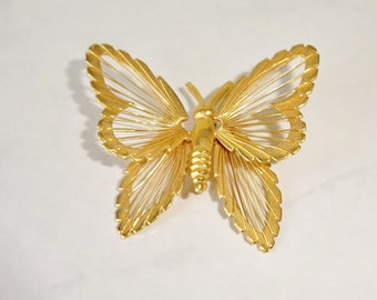 Vintage Monet Butterfly Brooch Pin Wire Gold Tone Butterfly