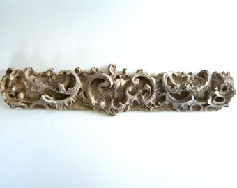 Old Plaster Architectural Salvage Moulding Trim Relief fragment No. 6