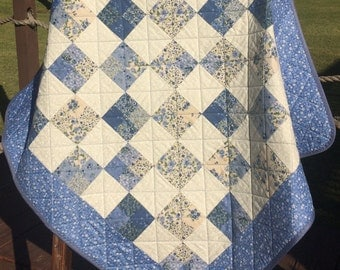 """A Vintage Modern 35.5"""" X 36"""" Quilt In French Blue Calico Fabrics"""