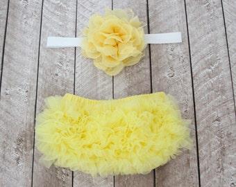 Baby Girl Ruffle Bottom Bloomer & Headband Set in Yellow and White - Newborn Photo - Infant Bloomers - Diaper Cover -Baby Gift - Baby Girl