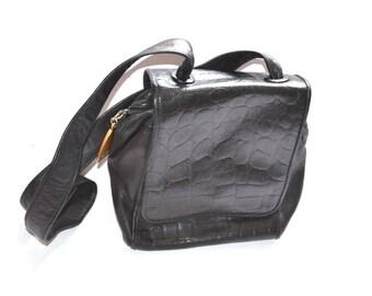 80s Americana Sharif  black embossed leather flap  Satchel messenger shoulder  bag  Excellent condition