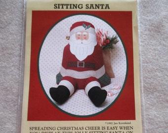 Sitting Jolly Santa Doll Craft Pattern Fun to Make Christmas Decoration Jan Kornfeind Dated 1992 Uncut