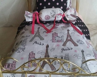 Handmade bedding set, fits 18 inches doll.