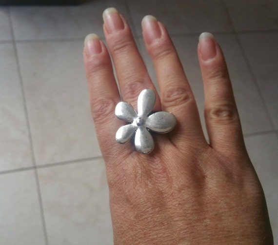 Flower ring,leather ring,women ring,boho ring,bohemian ring,jewelry set, Women Leather ring with flower charm,feminine ring,unique ring
