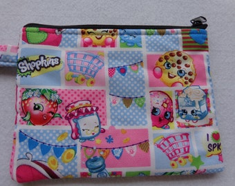 Makeup Bag: Shopkins