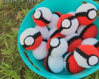 One Crochet Pokeball
