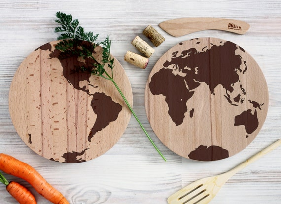 Vintage World map cutting board - Travel Wooden Cutting Board - Personalized Engraved Cutting Board