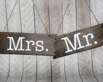 Mr & Mrs Hanging  Signs, Rustic Style Rectangle