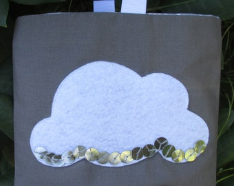 Reusable Snack Bag with Velcro Closure: A Silver Lining