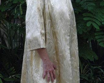 60% OFF 50's Gold Weave Brocade 3/4 Sleeve Coat,
