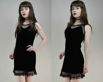 90s Gothic Black Velvet Sweetheart Neckline Mesh Trim Sleeveless Mini Dress XXS