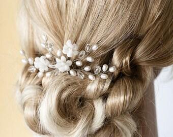 672_White hair pin, Bridal hair accessories, Pearl hair pins, Crystal hair accessory, Wedding hair pin, Bridal hair flowers, Silver hair pin