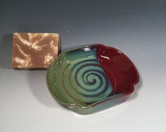 Scalloped Pottery Soap Dish - Brick red and jade green - Handmade soap dish - bathroom decor - housewarming - ceramics - pottery - stoneware