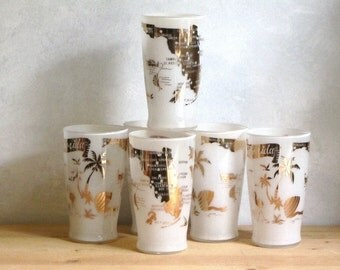 Florida Souvenir Glass Tumblers White and Gold Map Cities Attractions Bathing Beauties  Palm Trees Flamingo Fish