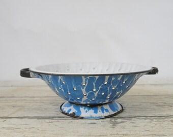 "Vintage Colander Blue Swirl Graniteware Granite Ware Enamel Ware Strainer 9.5"""