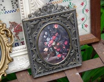 Italy Frame, Baroque Frame, Italian Frame, Victorian Frame, Oval Frame, Framed Floral Print, Frame with Flowers, Cast Metal, Metal Frame,