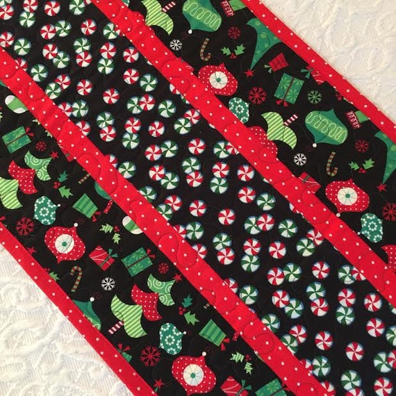 Christmas Tree Ornaments Quilted : Christmas table runner quilt tree ornaments candy