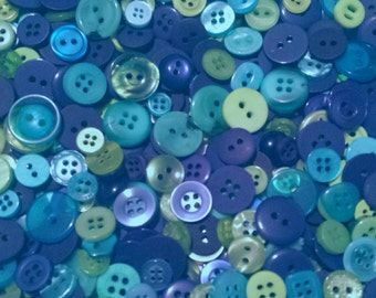"""500 Small Buttons - Royal Blue, Cerulean Blue, Aqua, Lime Green, Kiwi Green, Tree Frog Green, Teal and Turquoise,  sizes 1/4"""" up to 5/8"""""""