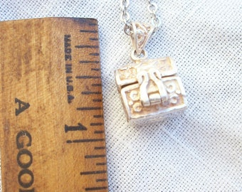 Sterling Silver ~ Vintage Pendant Necklace  ~ Prayer Box / Hinged Flip top Lid ~ Ornate ~ Beautifully made 925 Jewelry ~ Locket Box