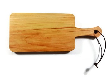 Alder Wood Bread Board.  Oregon Urban Harvested Alder Wood.  Alder Wood Cheese Board.  Alder Wood Serving Board.  Hardwood Cutting Board