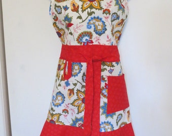 White/Red Floral Print Full Apron