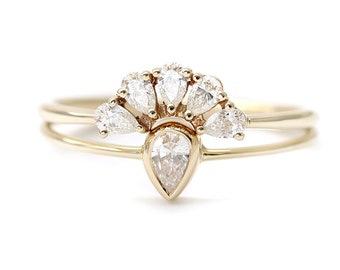 Pear Cut Diamonds Wedding Set - Pear Engagement Ring - Pear Wedding Ring - 18k Gold