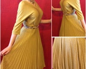 1950s Gold Lurex Dress Large Two Piece Perma Pleat Holiday Bombshell Koret of California