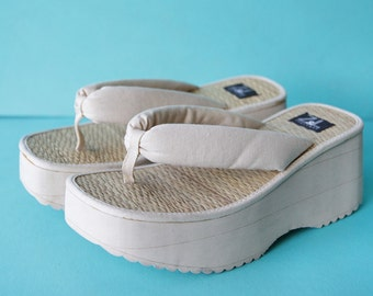 Vintage cream white foam platform textile thing summer beach slip on mules sandal shoes 38 7.5