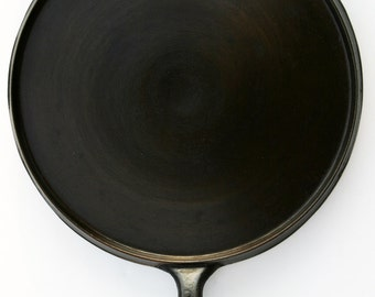 Antique Fine ERIE GRIDDLE X-Large Culinary Chef Professionally Cleaned & Organcially Seasoned Ready to Use