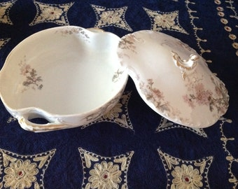 Limoges Haviland & Co 4047 Handled bowl tureen with cover