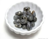 labradorite tear drop beads - smooth beads - 15mm, one strand (22 beads)