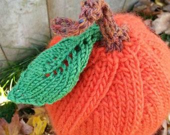 Child pumpkin hat - handknit