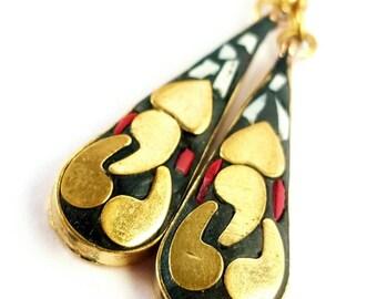 Tibetan Earring, Bohemian Earrings, Nepali earring, Boho Jewelry, Himalayan Jewelry, Bohemian Jewelry, Tibetan Jewellry, Black Brass earring
