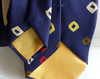 Neiman Marcus Made in England All Silk Vintage Tie!