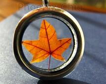 Maple Leaf Necklace necklace Real leaf locket Pressed Flower Autumn Red orange leaf locket necklace Botanical Specimen Jewelry Romantic gift
