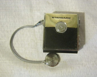 "Vintage Standard SR-H437 ""Micronic Ruby"" Transistor Radio Made In Japan"