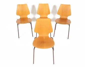 Set of Four Mid Century Danish Modern Bent Ply and Oak Dining Chairs