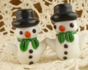 Snowman Lampwork Beads Focal, red, white (2)