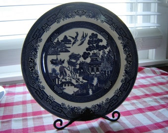 Vintage Willow Ware dinner plate 10.25 inch plate Churchill England china blue and white decor kitchen decor dining serving