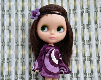 Bell sleeved purple patterned retro mod style dress for Blythe Pullip Dal licca and similar dolls